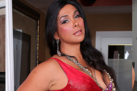 Vaniity tap. Watch the horny Vaniity at her most horniest ever in this solo shecock strokin' scene!