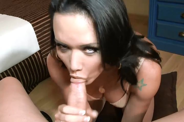 Bianca  bianca knows how to yhandle that cock. Bianca knows how to yhandle that penish